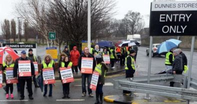 Striking workers picket Dunnes Stores at Cornelscourt, south Dublin; photo by Eric Luke, the Irish Times